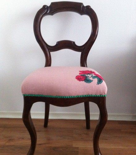 Biedermeier stoel met roos